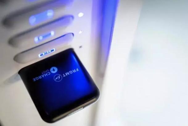 醒电ChargeSpot共享充电宝加盟品牌:跨界合作藤原浩设计质美共享充电宝产品